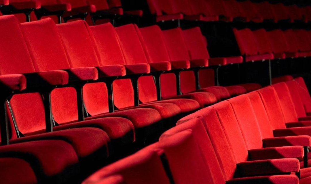 Series, películas y teatro