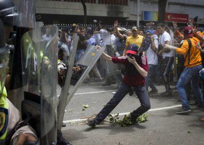the-wynwood-times-venezuela-en-resistencia-Manifestacion-Av-l