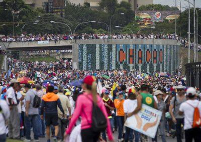 the-wynwood-times-venezuela-en-resistencia-fajardo-autopista