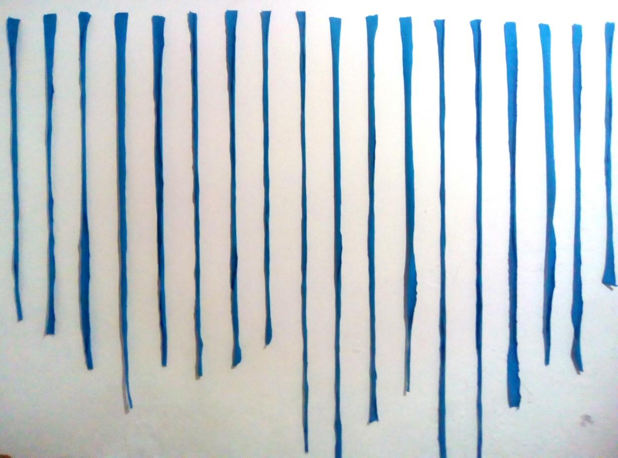 Wounmain (mi territorio) líneas de color azul. Tela, instalación 2018