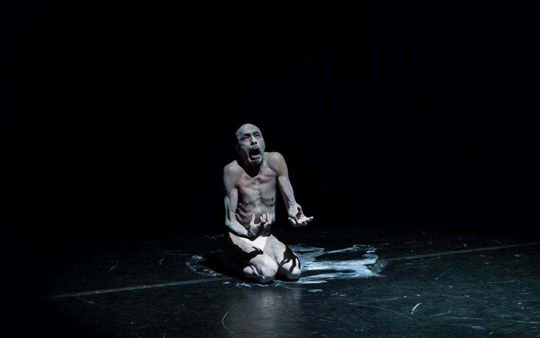 Juan Carlos Linares | La desnudez invicta