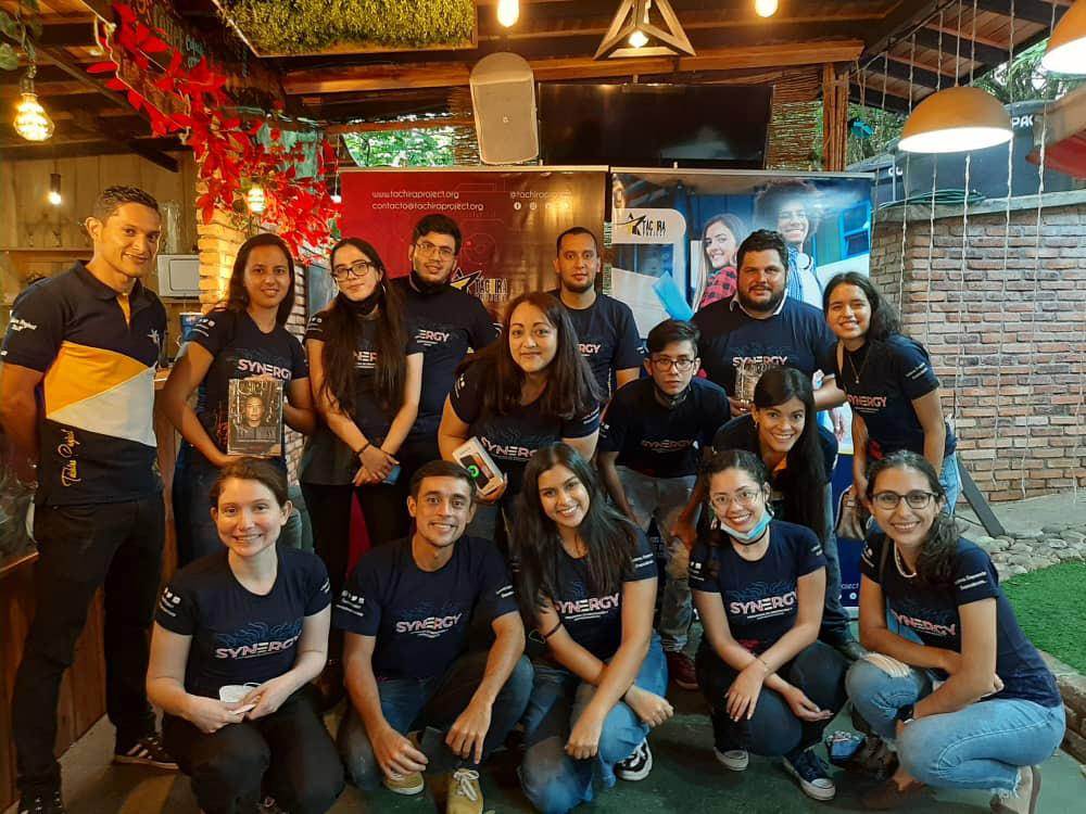 Foto 1. Parte del grupo de emprendedores venezolanos que formó parte del Programa Synergy.